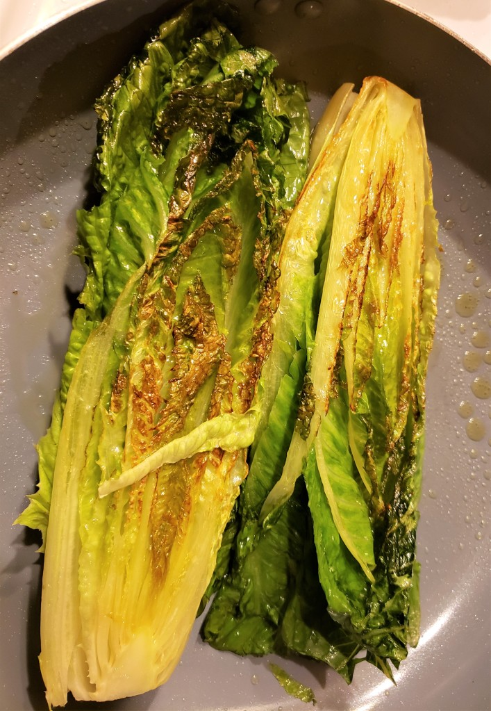This image has an empty alt attribute; its file name is romaine.jpg